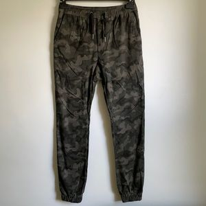 Zanerobe sz 29 camouflage print pant